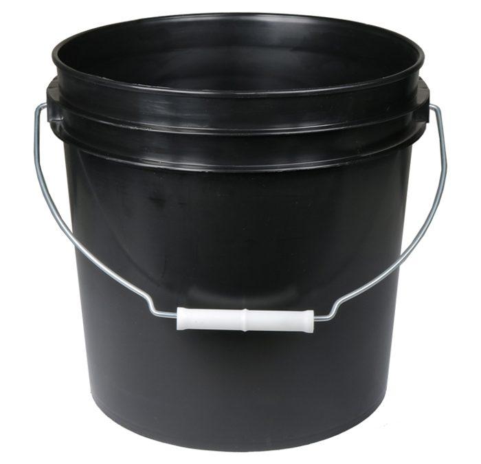 5 Gal Black Bucket w/ handle
